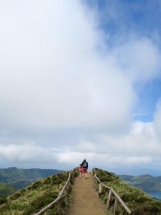 DaronsDaronnes.com_travelwithkids_Azores_SaoMiguel_hike_007